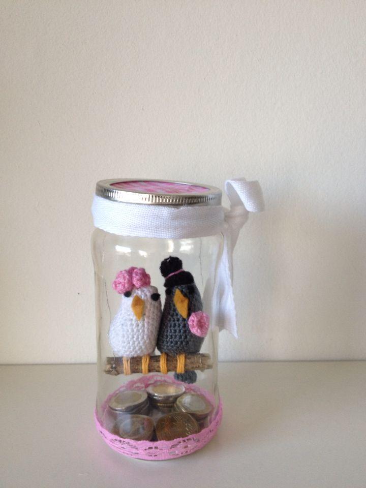 Originele manier om geld te geven voor een huwelijk.   Patroon via stitchesfromholland.blogspot