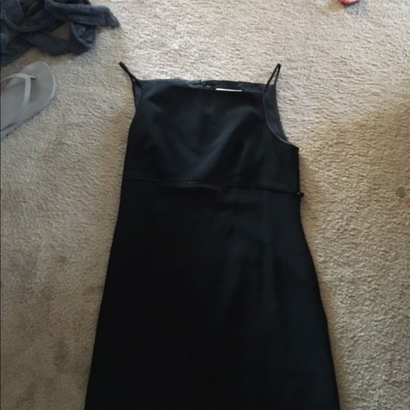 Black elegant strappy dress Black dress with tie waist. Elegant to wear to office or a traditional event. Casual corner Dresses