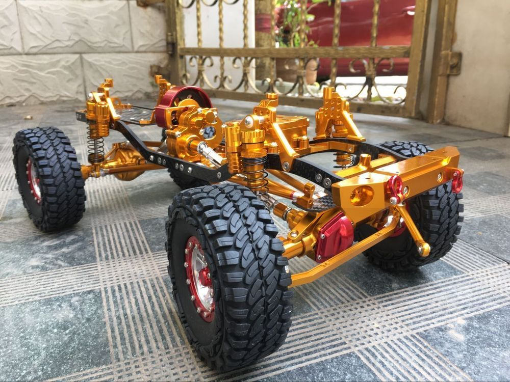 High End Fully Alloy Cnc Metal Scx10 Rock Crawler 1 10 Scale Rc Truck Golden Rc Trucks Rock Crawler Radio Controlled Boats