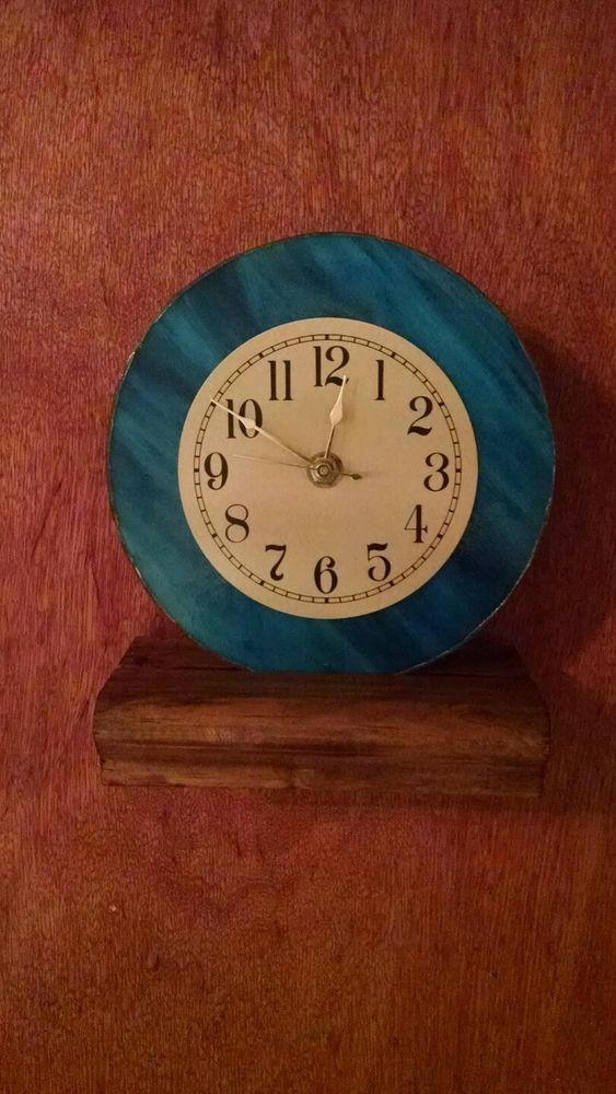 Beautiful Medium Blue Swirl With Gold Face Stained Glass Clock in Home & Garden, Home Décor, Clocks | eBay