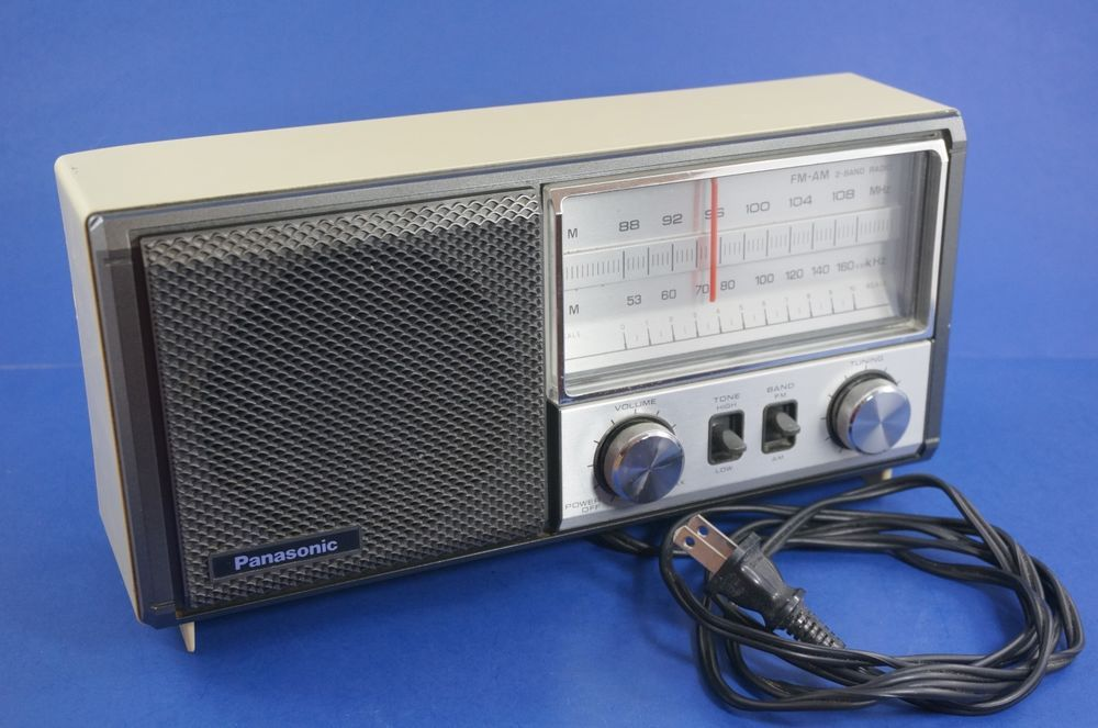 Vintage Tabletop Radio Panasonic Re 6277 Am Fm Band Working Retro
