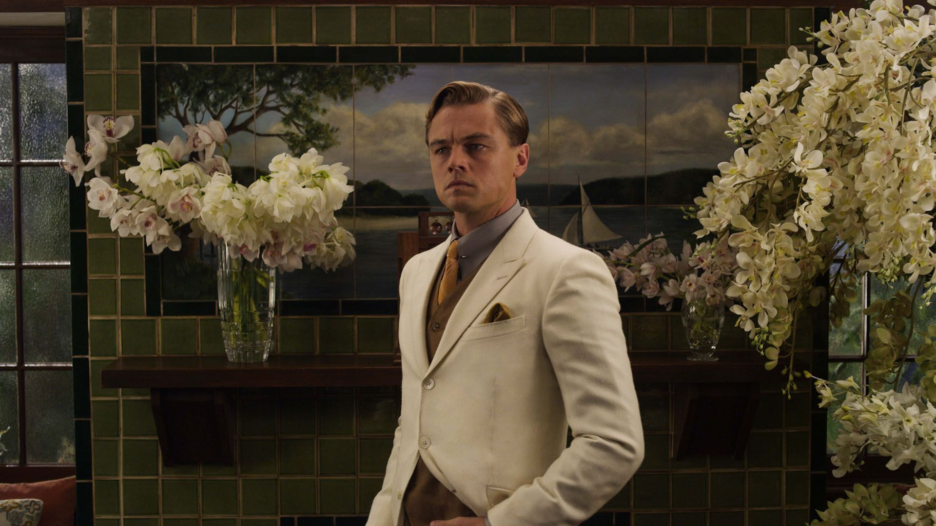 jay gatsby Jay gatsby is the hero in the american classic the great gatsby jay gatsby represents the american dream because he is born of humble beginnings and rises.