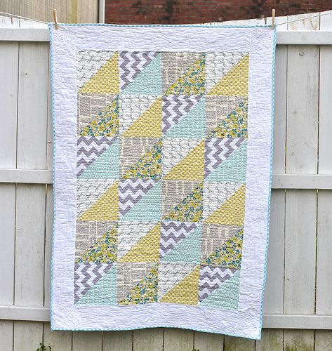 Quick Triangles Baby Quilt | Triangles, Babies and Half square ... : quick baby quilts free patterns - Adamdwight.com
