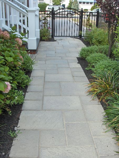 curved paver walkway pavers-ep-henry-devonstone-tennyson-green-slate-in-random-pattern