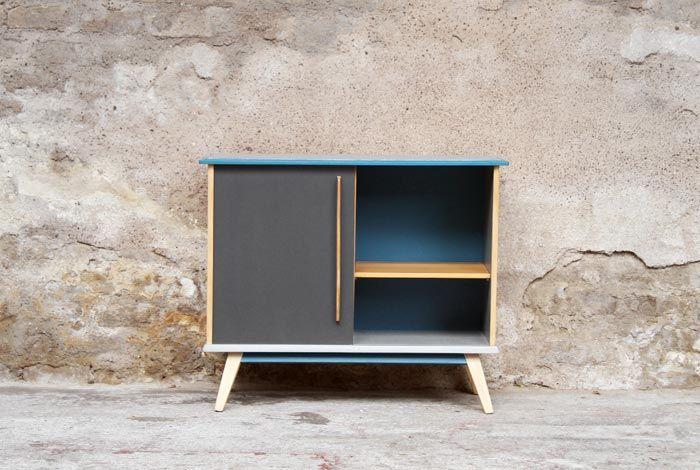 Petit meuble du0027appoint vintage relooké, gris et bleu  de la couleur