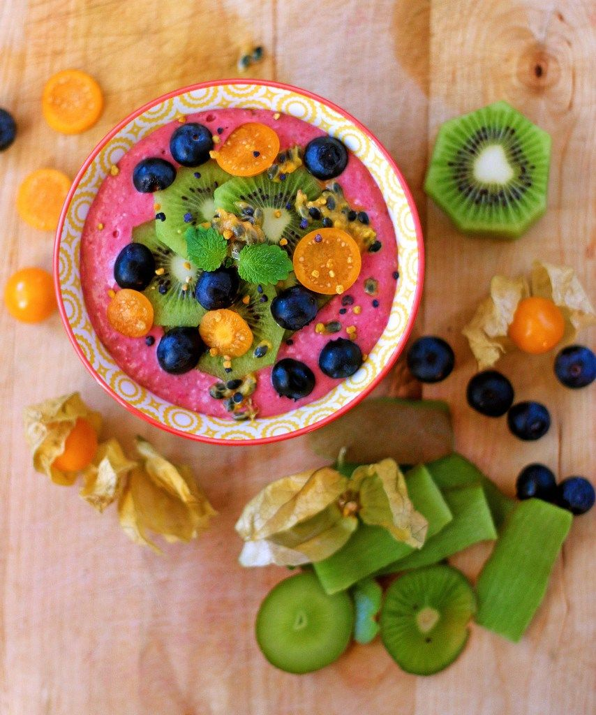 Raspberryoat smoothie bowl with images smoothie bowl