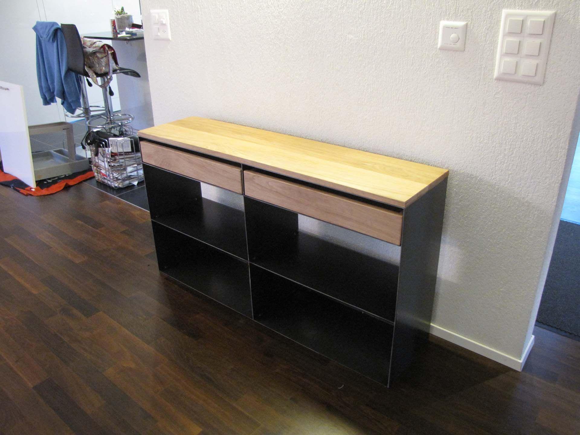 design metallmoebel kaminholz sideboard brennholz. Black Bedroom Furniture Sets. Home Design Ideas