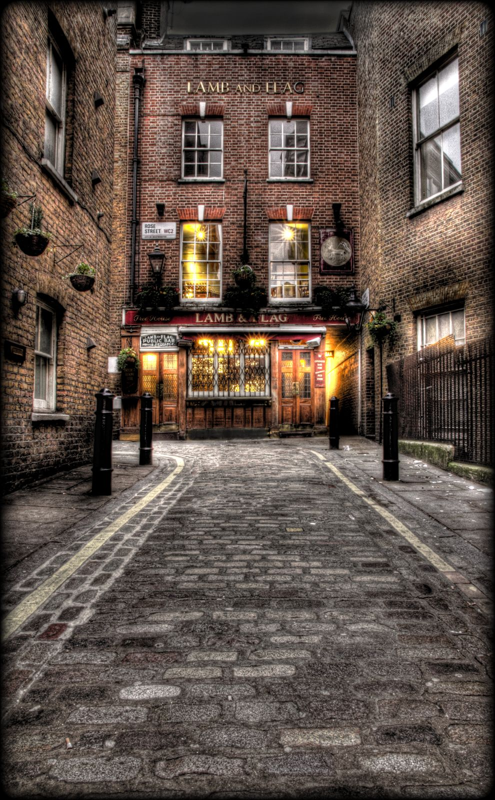 The Lamb Flag One Of My Favourite Pubs In London Bit Full Of Luvvies But Its A Nice Place To Be London Pubs London England London Life