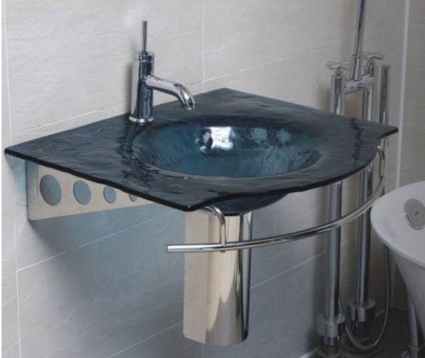 14 de diciembre, - En el caso del baño, ese acento puede ser el lavabo. sobresalir es volver a lo básico y utilizar materiales simples de una manera única.