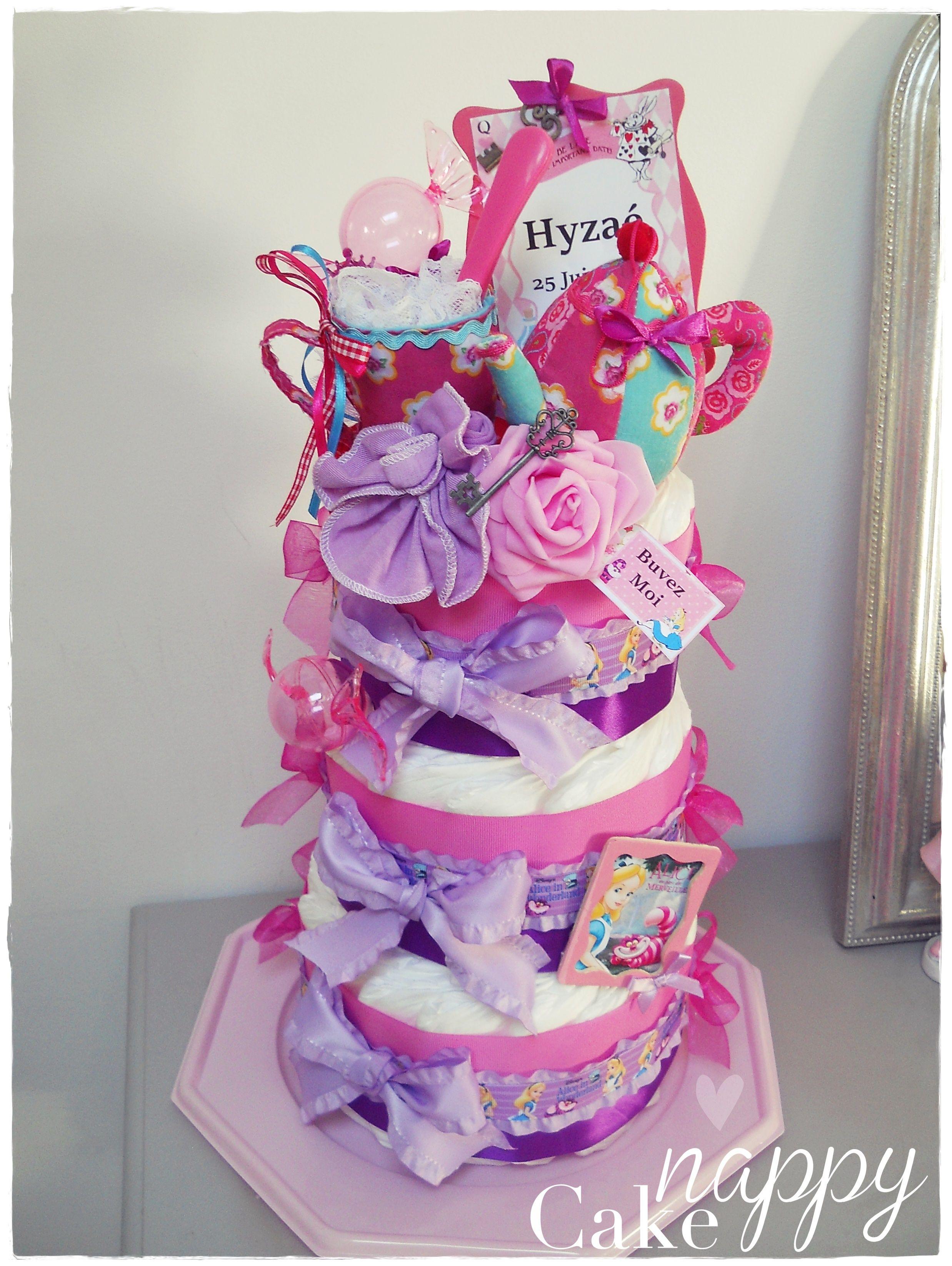 Gateau Alice Aux Pays Des Merveilles dedans gateau de couches diademe tutu | nappy cake