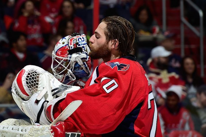 Braden Holtby Of The Washington Capitols Kisses His Mask Prior To A Game 1 12 15 Braden Holtby Washington Capitals Hockey Capitals Hockey
