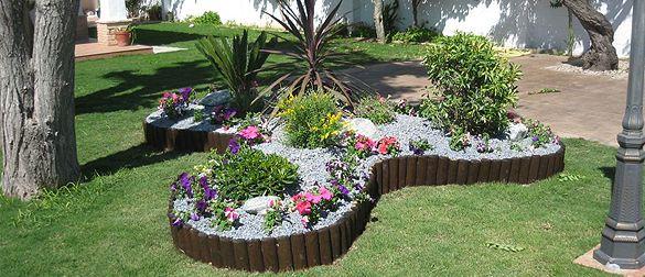 Fuentes internas casas buscar con google dise o for Decoracion de jardines y muros exteriores