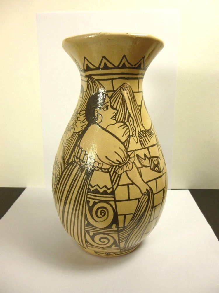 Handcrafted Mexican Folk Art Pottery Vase Signed By Artismaker 85