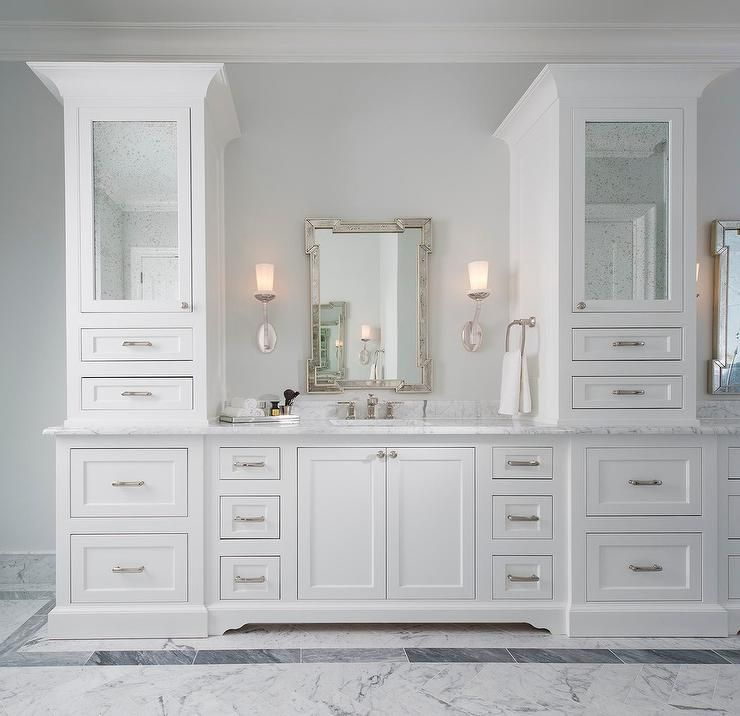 18 Stunning Master Bathroom Lighting Ideas: Stunning White Vanity Boats White Shaker Cabinets Fitted