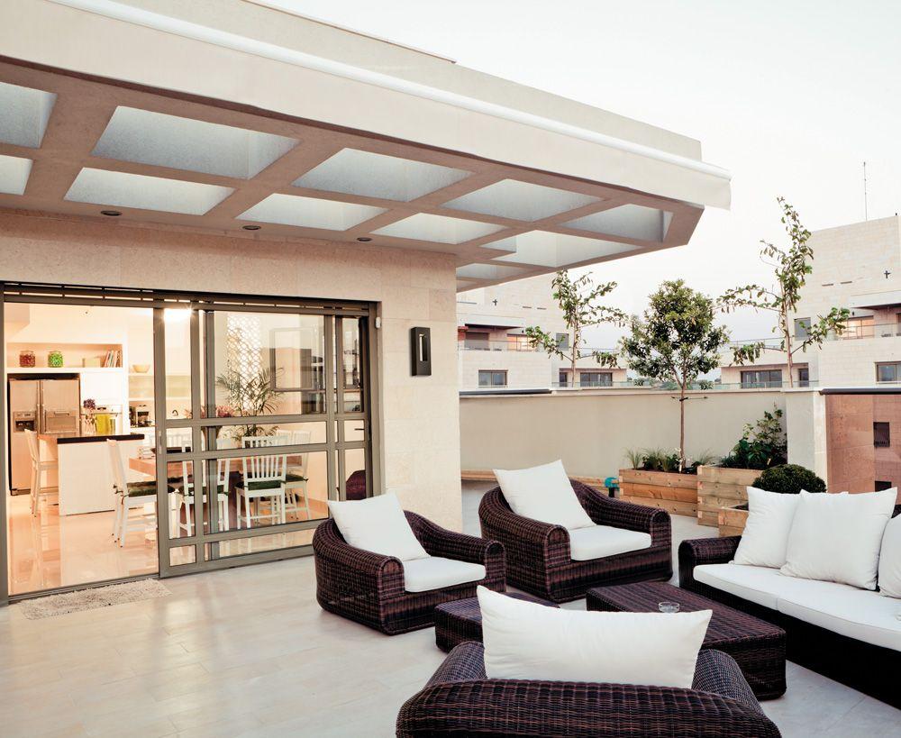 Home design exterieur und interieur terrasse de style contemporain avec murale extérieure