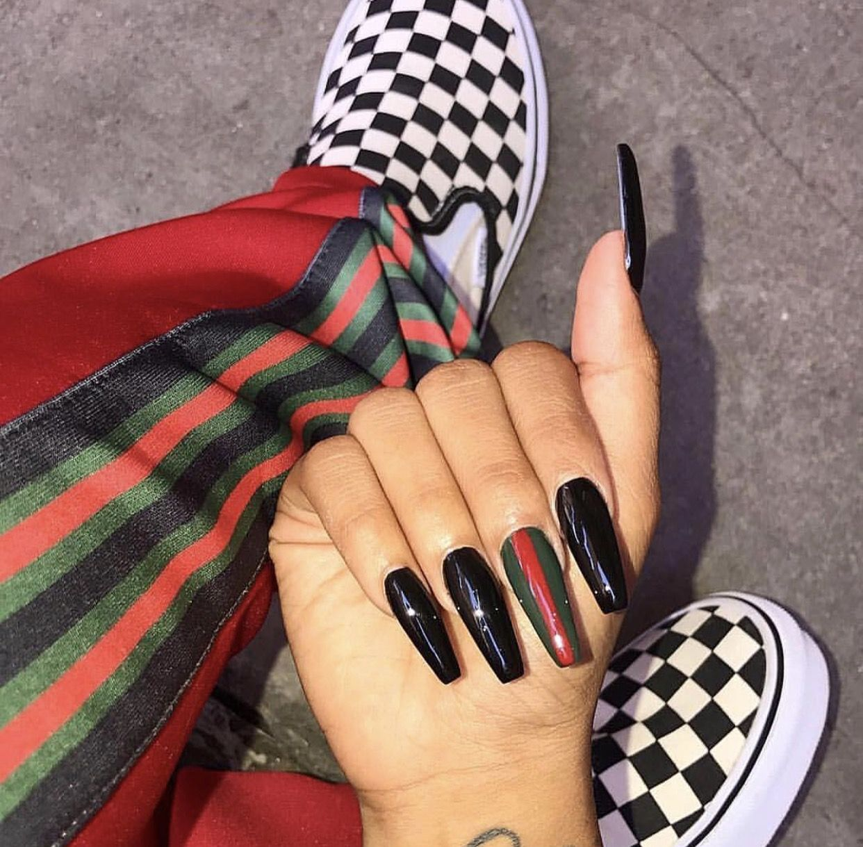 hey ladies, follow the queen for more poppin\' pins @kjvougee ...