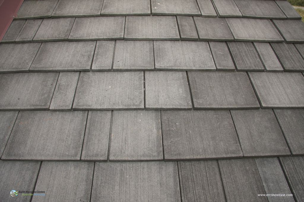 The recycled rubber roof shakes emulates the look of 1