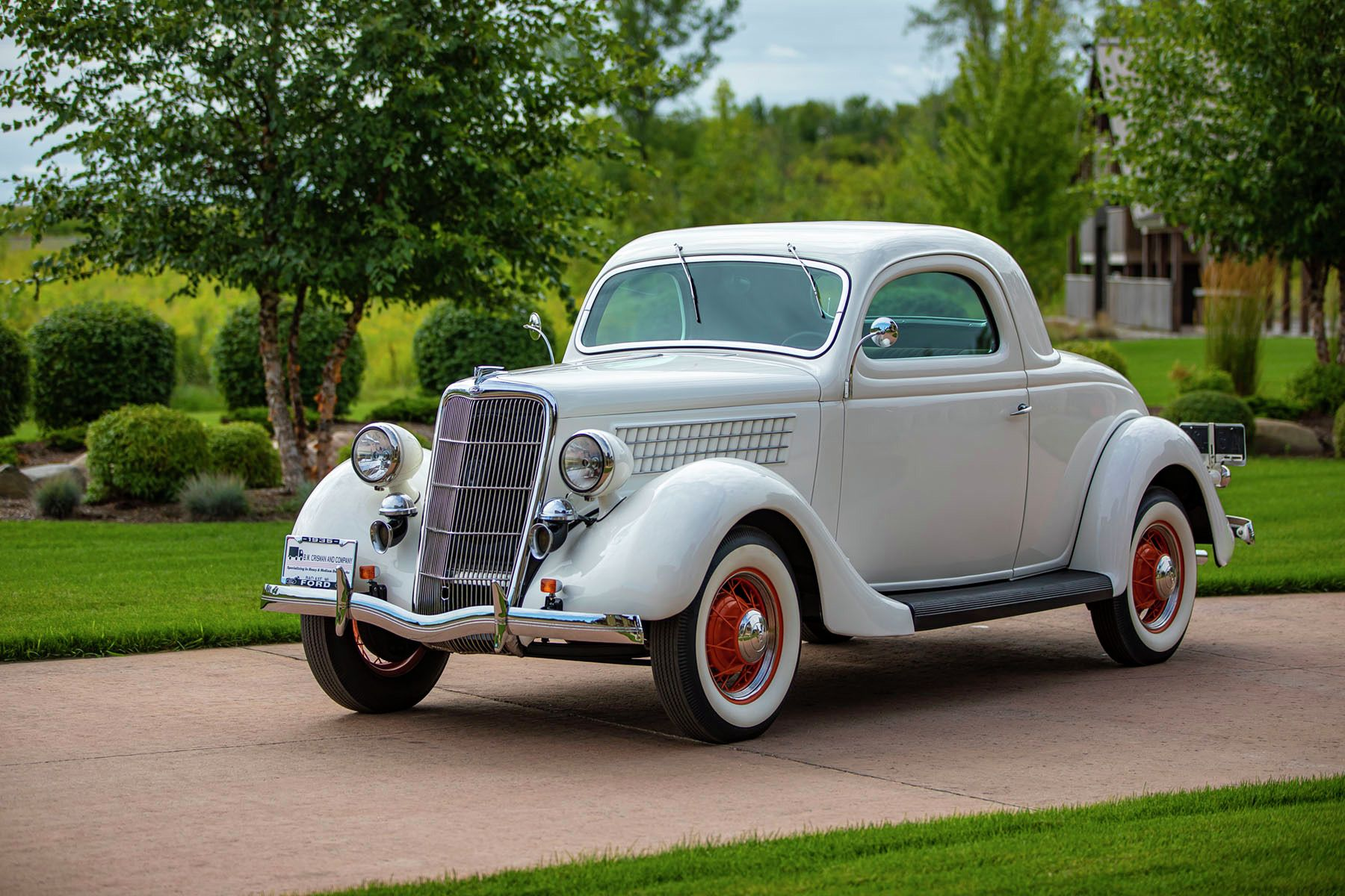 1935 Ford Model 48 3-Window Coupe