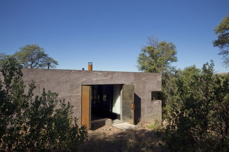 Casa Caldera In Arizona By Dust Modern Desert Arizona House Caldera