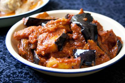 3 hungry tummies: Spicy Kerela Eggplant