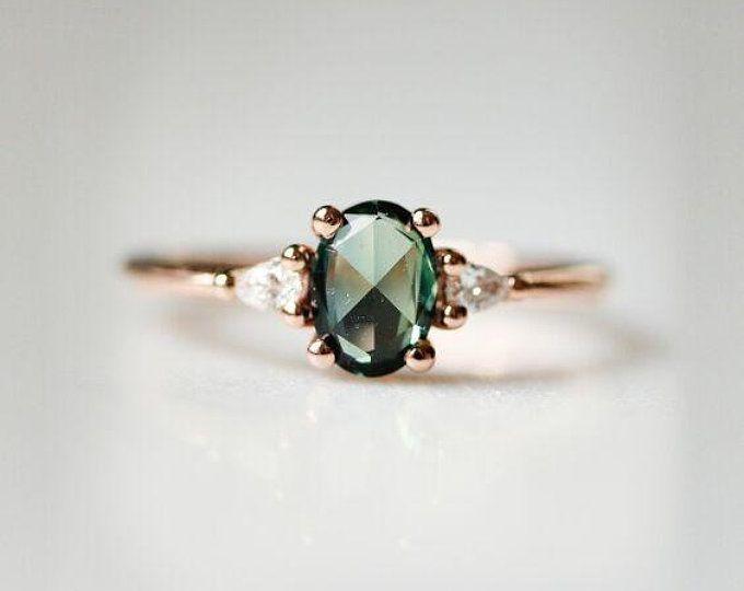 Teal Sapphire Verlobungsring Blatt Verlobungsring Montana   Etsy  #blatt #montana #sapphire #verlobungsring #heartdetail