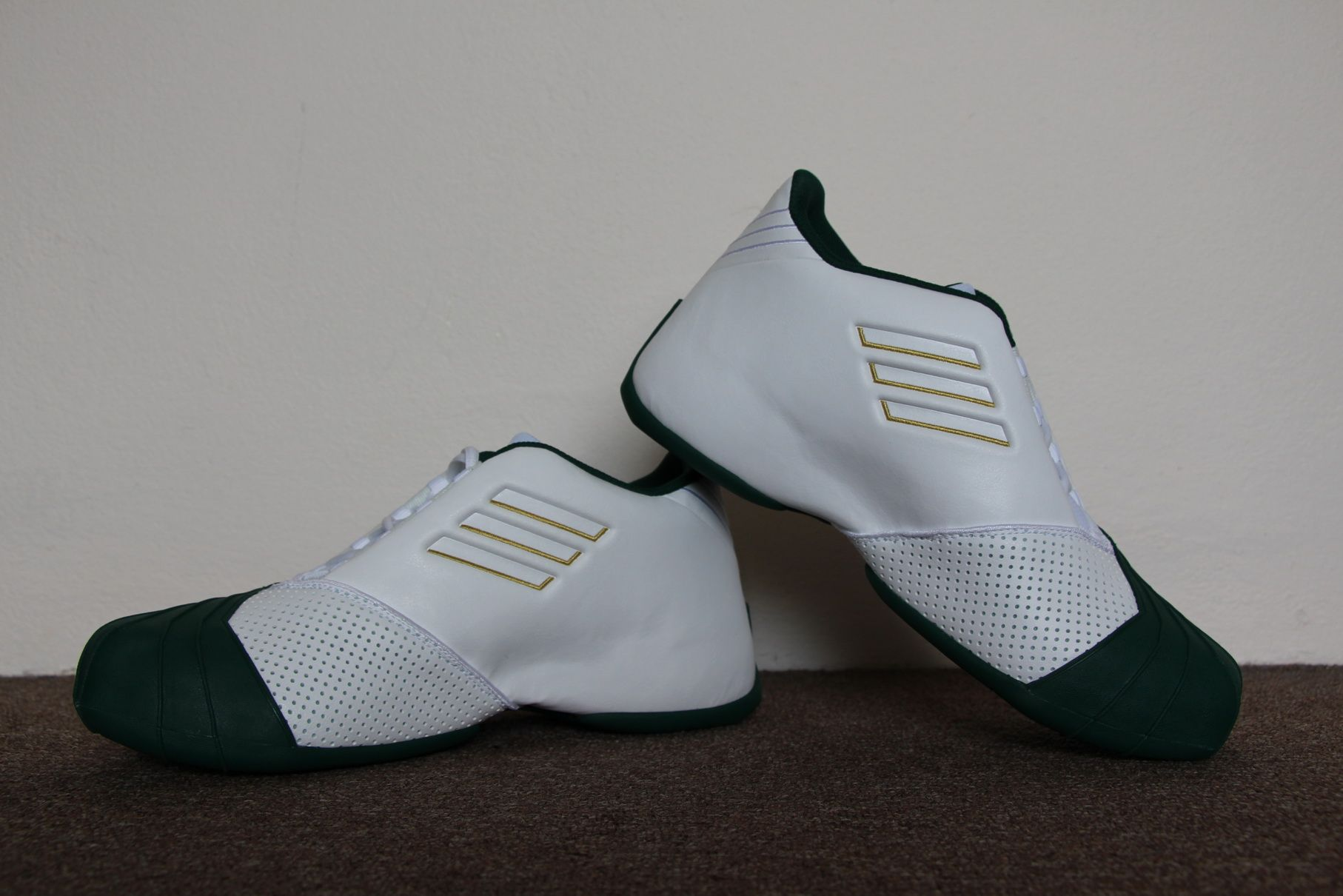separation shoes 5f42e f2453 Adidas TMAC 1 Lebron James SVSM PE | Nice shoes in 2019 ...