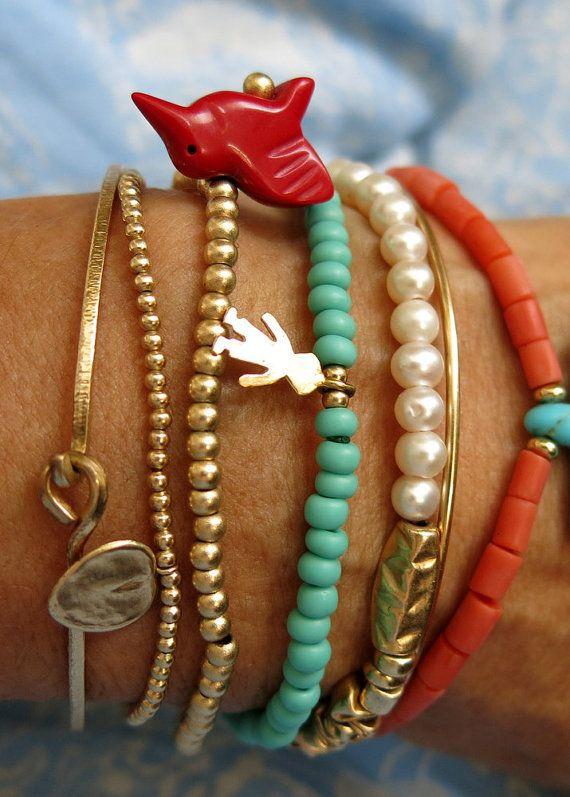 Perline bracciali, braccialetto di perle, corallo, Oro Bangle annodato, Charmed braccialetto turchese, bracciali accatastamento,