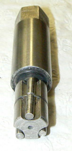 self locking lathe spindle driving pin
