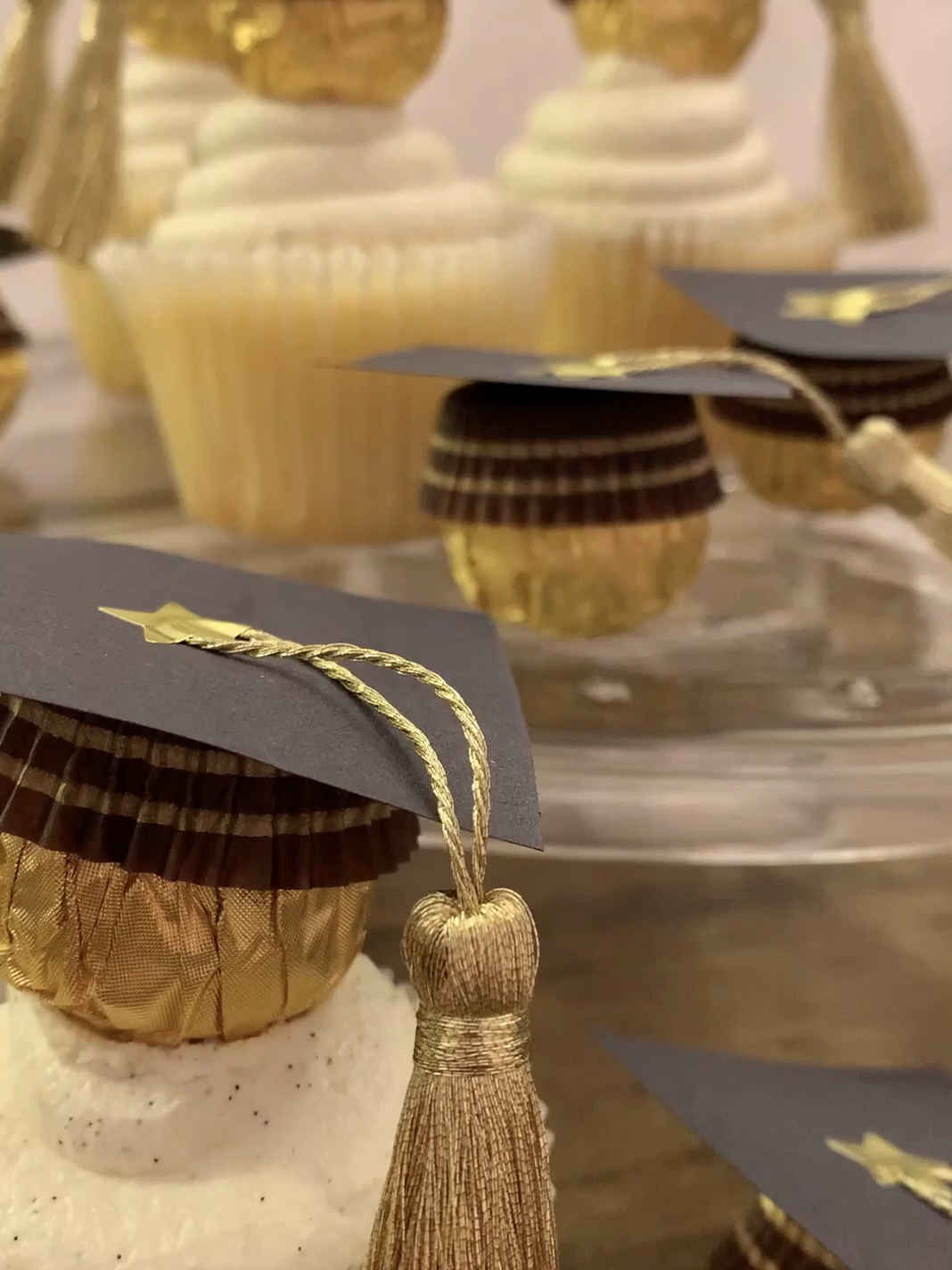 Cutest DIY Graduation Cupcake Toppers in 3 Easy Steps