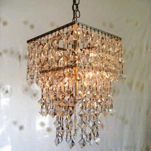 Well, I couldn't have a mansion without a chandelier.  So. Much. Sparkle.