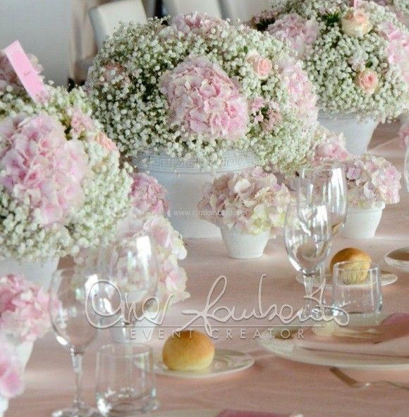 Trame romantiche per gli allestimenti floreali dei tavoli nuziali centrotavola bryllup e - Composizioni floreali per tavoli ...