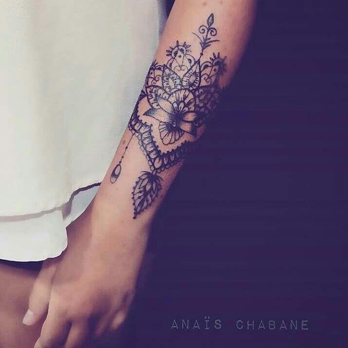 Pingl par sur pinterest tatouages tatouages femme et id e tatouage - Tatouage manchette mandala ...