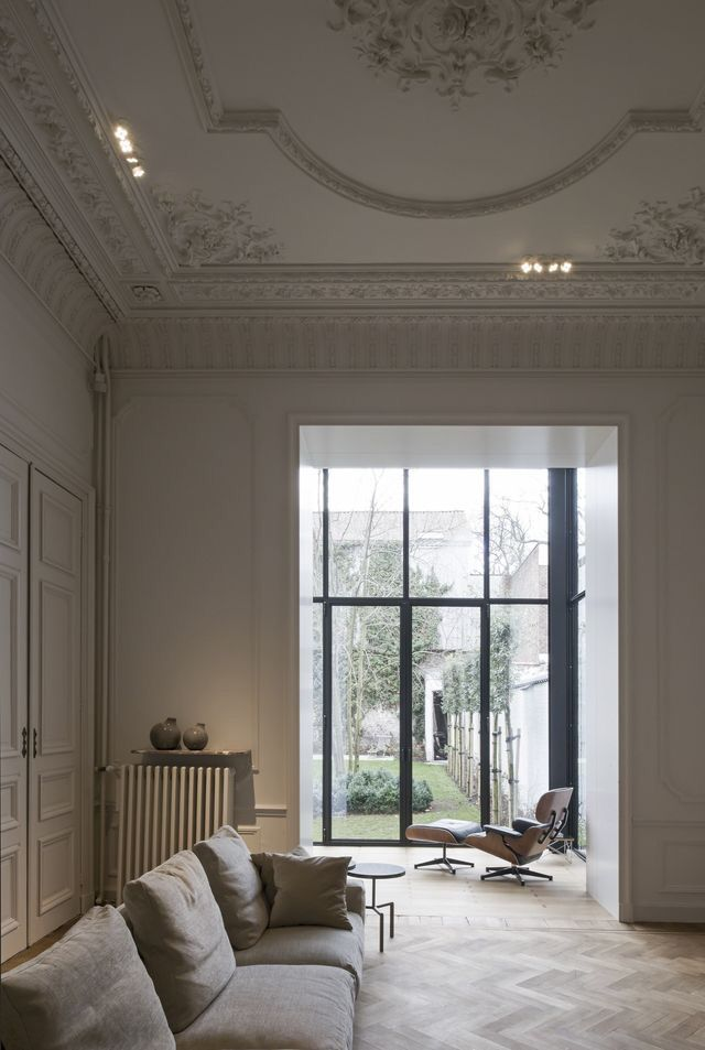 Living room large windows neutral colors plaster ceiling design molding also best interior images in my dream house future rh pinterest