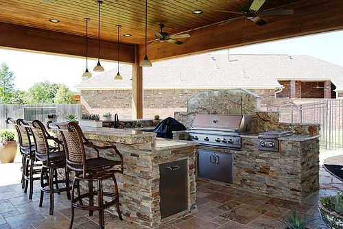 Great Outdoor Kitchen In Katy Tx Including Patio Cover And Travertine Floor Outdoor Bbq Kitchen Outdoor Kitchen Plans Outdoor Kitchen