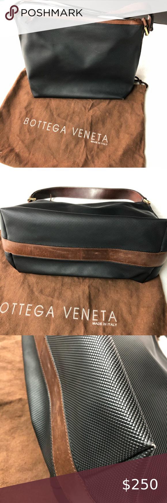 Bottega Veneta Vintage Black Leather Shoulder Bag In 2020 Leather Shoulder Bag Black Leather Shoulder Bag