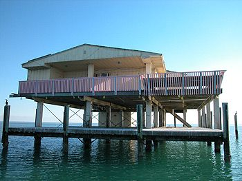 florida houses on the water. stiltsville small houses built on stilts south of key biscayne florida the water