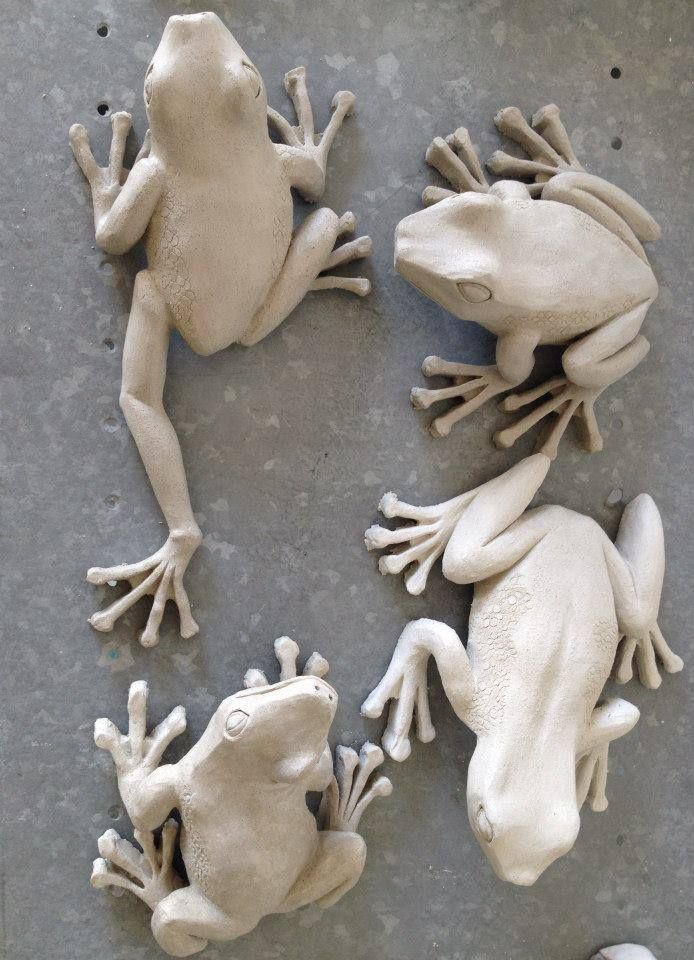 Frogs …, albinoanimalaesthetic Fro… Sculpture clay