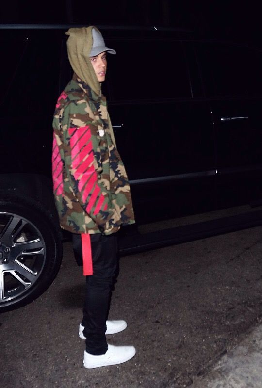 Pin by Selena on justin bieber   Justin bieber outfits ...