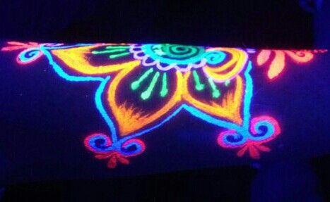 Pin De Melissa Drobnis En Glow Maquillaje Fluor Neon Arte