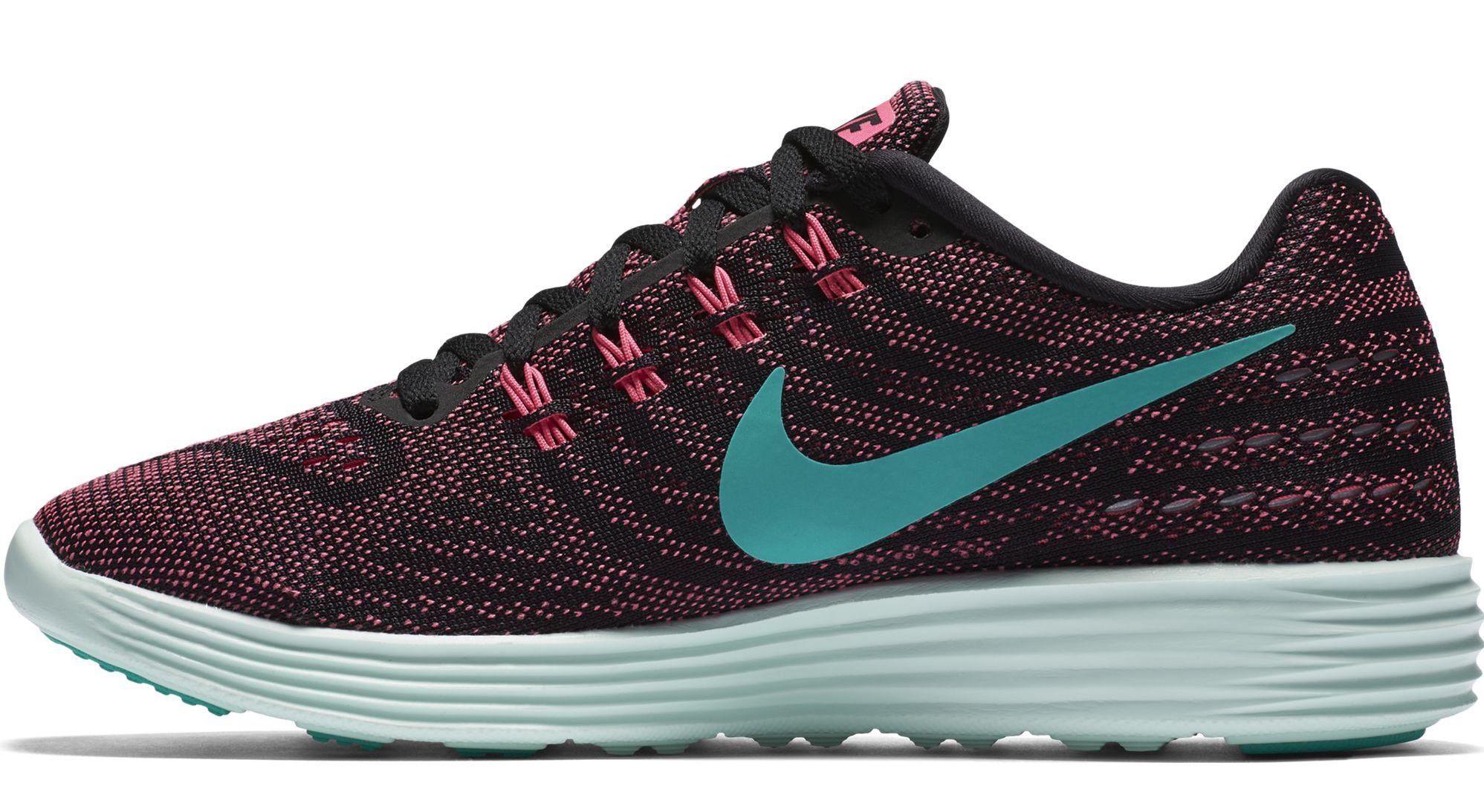 the best attitude b2cbf ca869 Nike Women s Lunartempo 2 Pink Blast Clr Jd Black Brly Grn Running Shoe