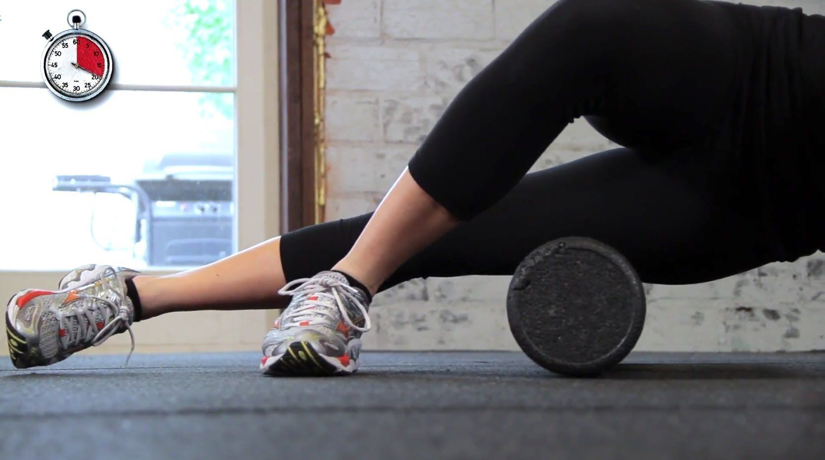 Foam Roller IT Band Stretch for Runners  Deep Tissue Massage