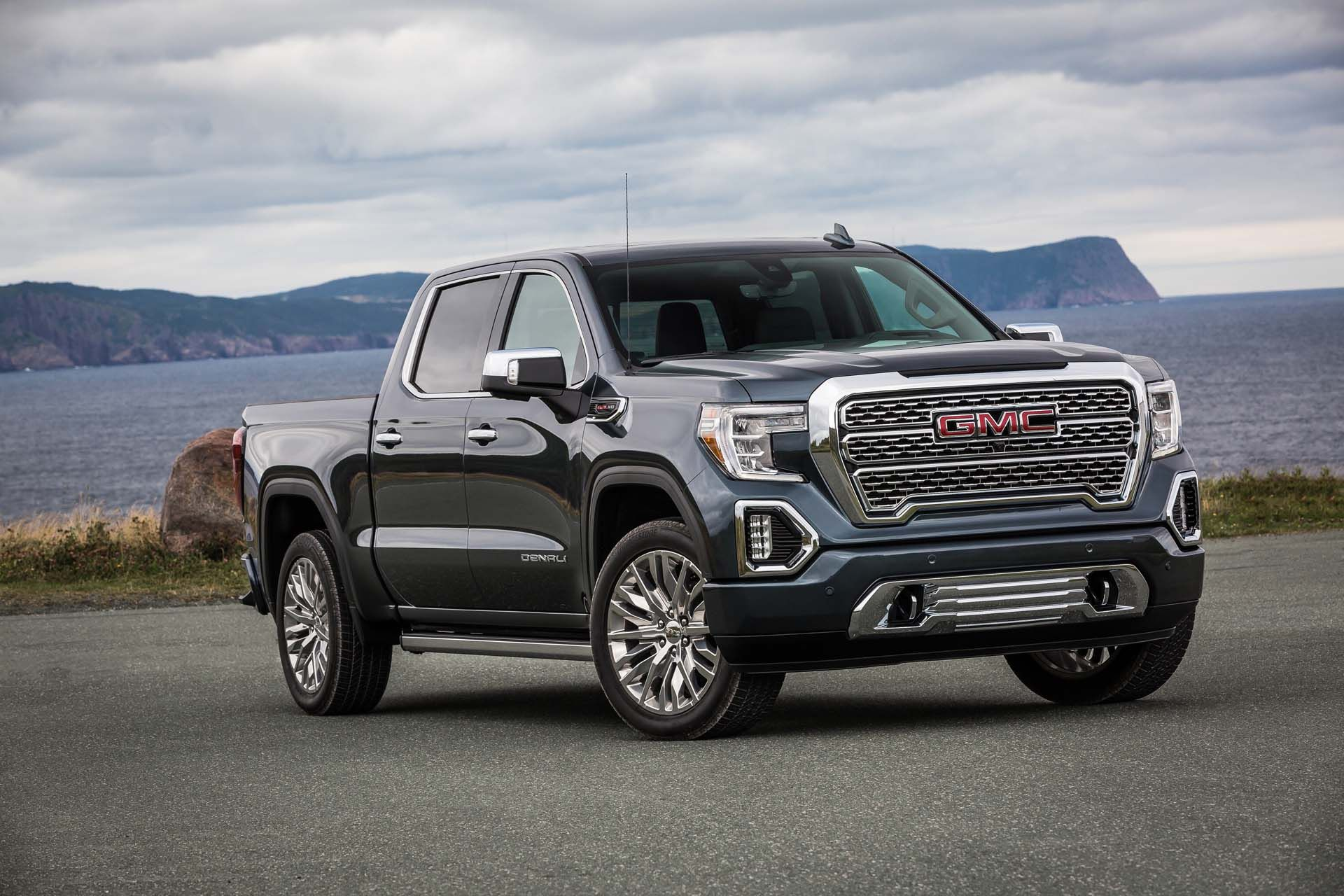 The Best 2020 Gmc Sierra 1500 Sle Review And Review In 2020 Gmc Trucks Sierra Gmc Sierra Denali Denali Truck