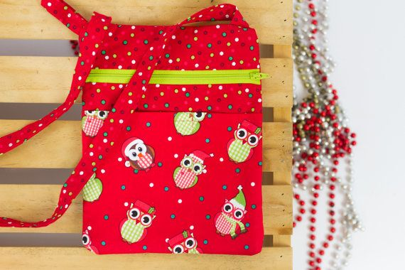 This adorable Christmas owl print brings a festive feeling to any outing. Great for keeping your hands free during the busy shopping season. Wouldnt black Friday shopping be convenient and less stressful if you didnt have to worry about keeping your bulky, heavy purse in sight? This little bag will bring you Christmas joy throughout the holiday season. The purchase of this listing is for one Christmas Owls crossbody bag with the following specifications: Measurements: 9 x 7 inches Strap: 71…