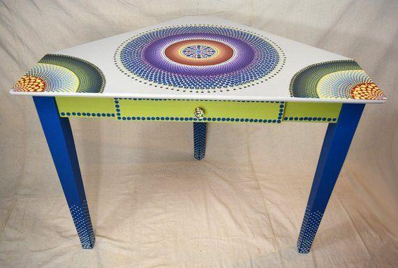 Visualizza altre idee su vernici, colori, mobili dipinti. Hand Painted Furniture Custom Hand Painted Furniture Mobili Pittura Mobili Dipinti In Stile Funky Arredamento Boho