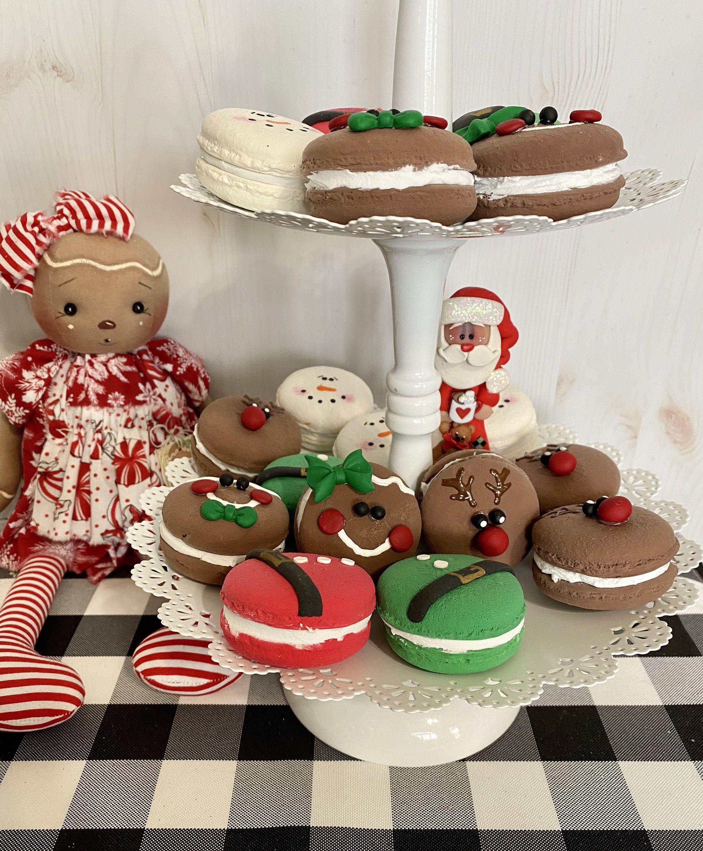 Christmas Faux Macrons Fake Bakes.