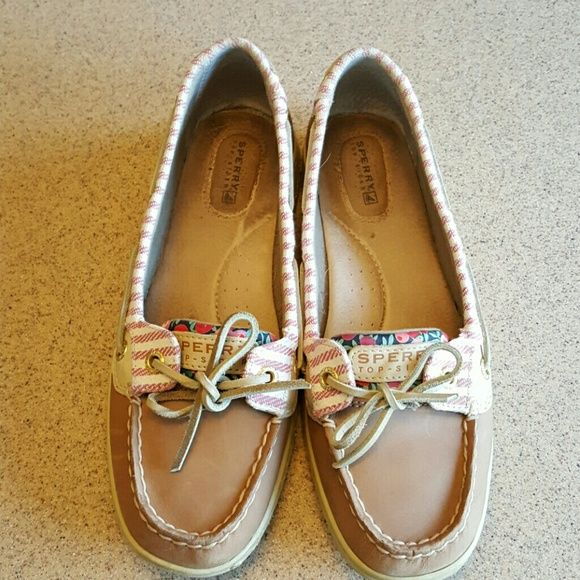123c395926 They originally were tight and I had hoped they would stretch out. No such  luck. Maybe worn less than 10 times. Sperry Top-Sider Shoes Flats   Loafers