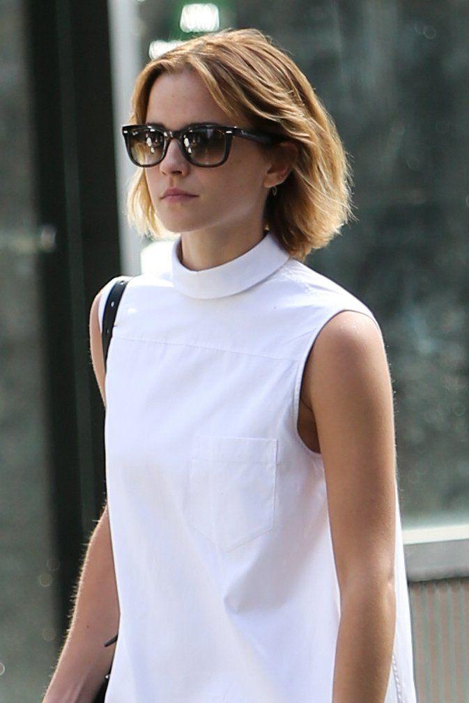 Emma Watson Alexa Chung And More Make The Case For The Brit Girl Bob Emma Watson Short Hair Emma Watson Hair Emma Watson Beautiful