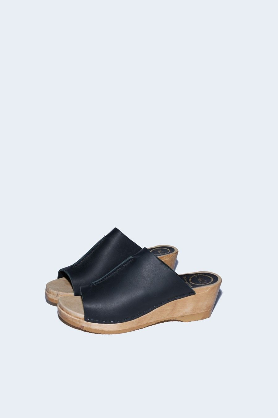 Front Seam Slide Clog On Mid Wedge In Black Clogs Clog