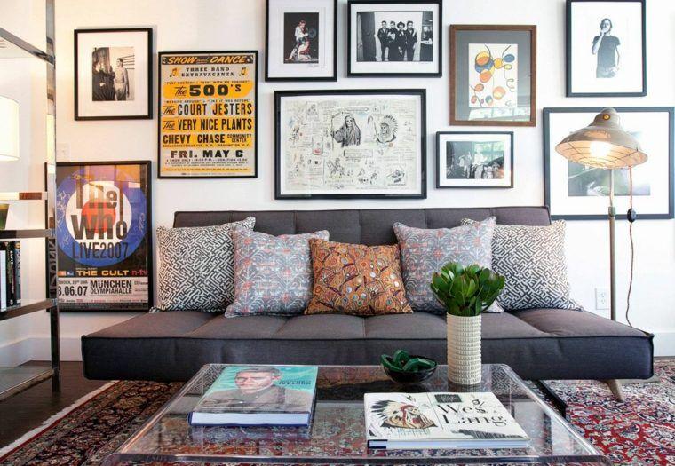 Déco mur salon : 50 idées rétro, vintage et artistiques ...