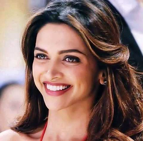 Pin By We Are All Princesses On Deepika Padukone Deepika Padukone Dipika Padukone Bollywood Celebrities